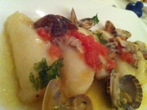 pasta stuffed with cauliflower pure and clams